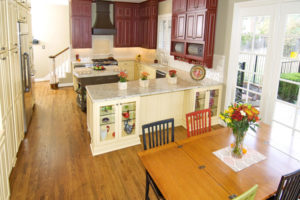 7 Tips to Create Delightful Atmosphere with Traditional Kitchen Styles Design