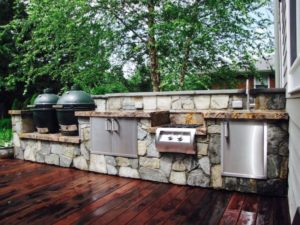 Have Many Trouble in Indoor Kitchen? Install The Outdoor One!