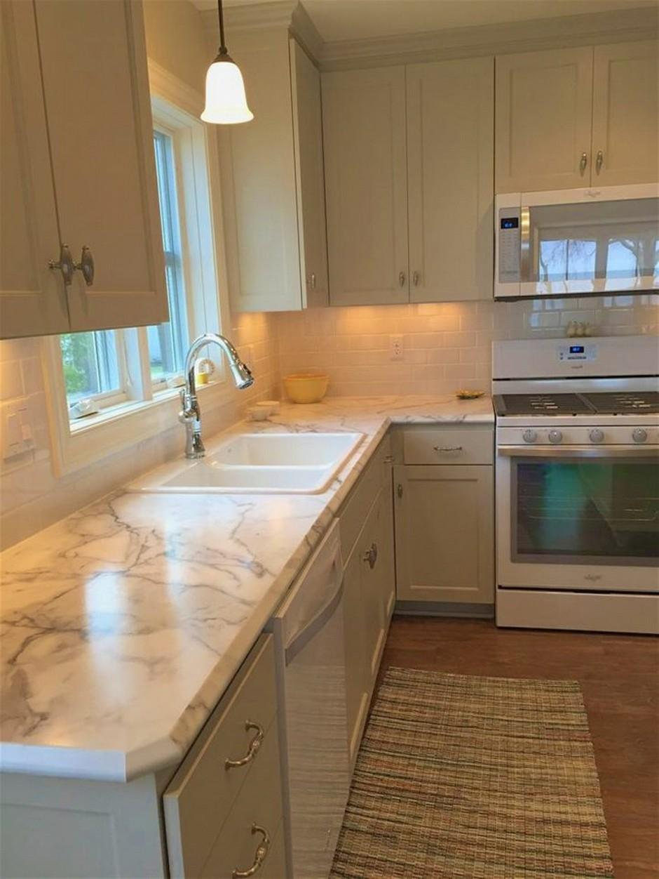 Kitchen Without Backsplash
