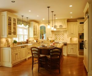 7 Traditional Kitchen Style That'll Make You Feel at Home