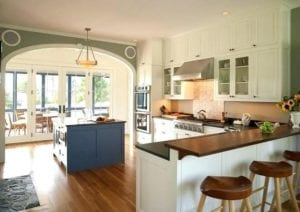 17 Simply Spellbinding Cottage Kitchen Style