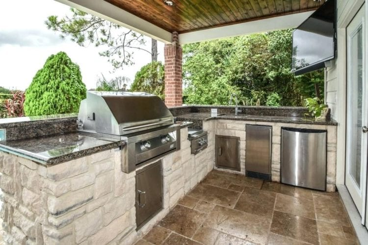 outdoor kitchen style