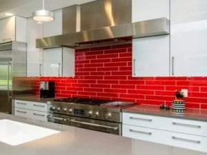 17 Red Kitchen Backsplash Ideas for Those Who Like