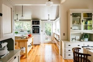 17 Exceptionally Cool Vintage Kitchen Style Ideas