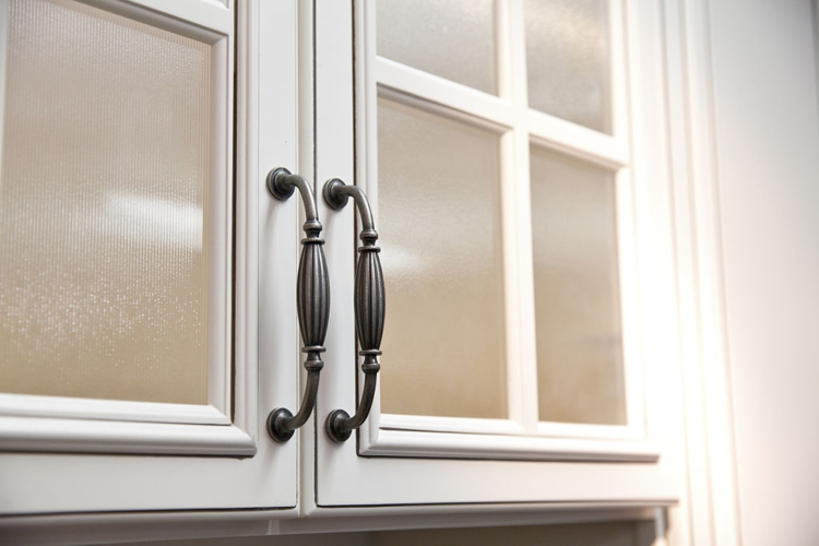 Type of Glass For Kitchen Cabinets